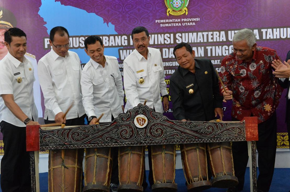 Gubsu Buka Pra Musrenbang 2017 KDT DanTahun 2018, KDT Fokus Dukung KSN Danau Toba