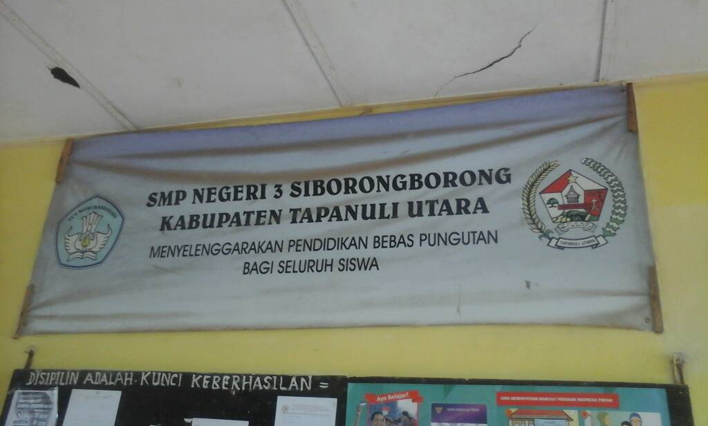 Bah! Kepsek SMP Negeri 3 Siborongborong Diduga selewengkan Dana BOS TA 2016