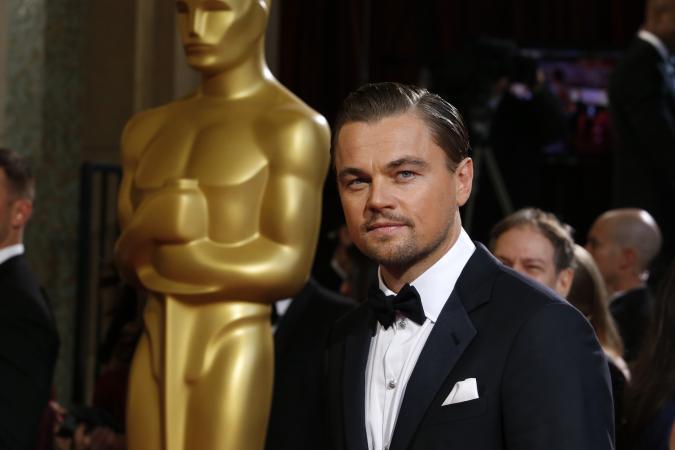 Leonardo DiCaprio kembalikan piala Oscar Marlon Brando
