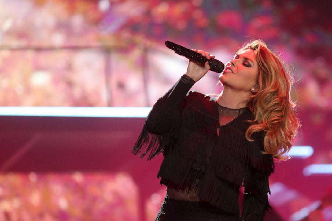 Shania Twain kembali rilis album setelah kehilangan suara