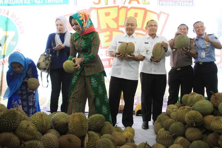 Ini Kata Wali Kota Medan Saat Membuka Festival Kuliner Durian Tahun 2017