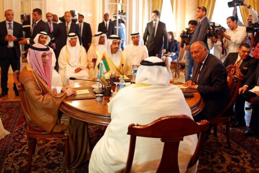 Negara Teluk Makin Tunjukkan akan Usir Qatar