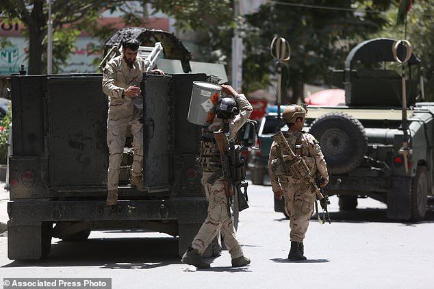 Ledakan guncang Kabul saat kunjungan pemimpin NATO Menhan AS