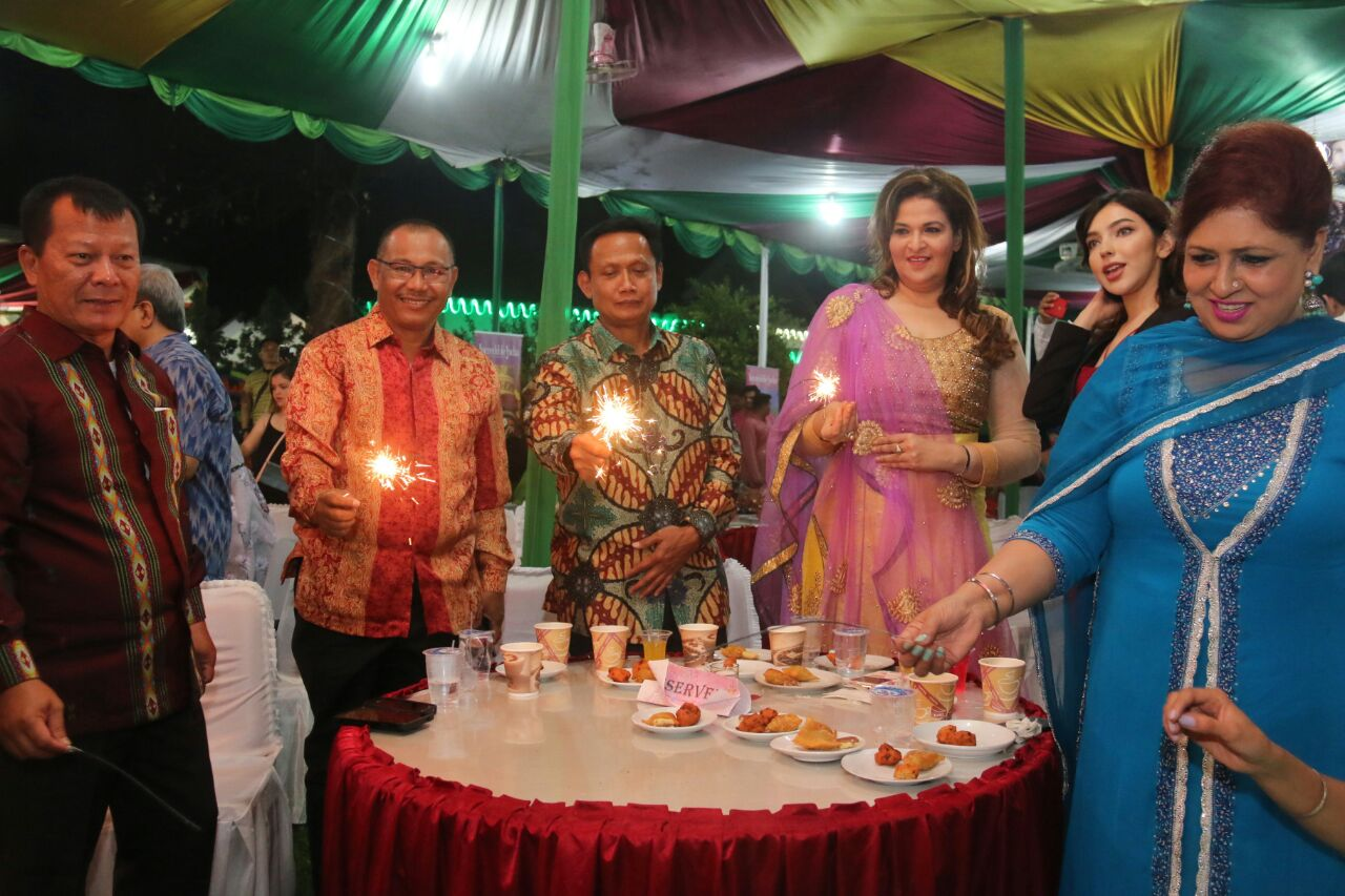 Ir.Akhyar Nasution, M.Si Hadiri Malam Perayaan Deepavali Konjend India