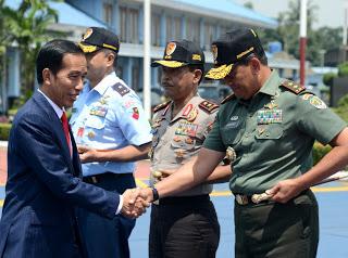 Jokowi Hadiri Acara Peresmian Pembukaan Munas KAHMI di Hotel Santika