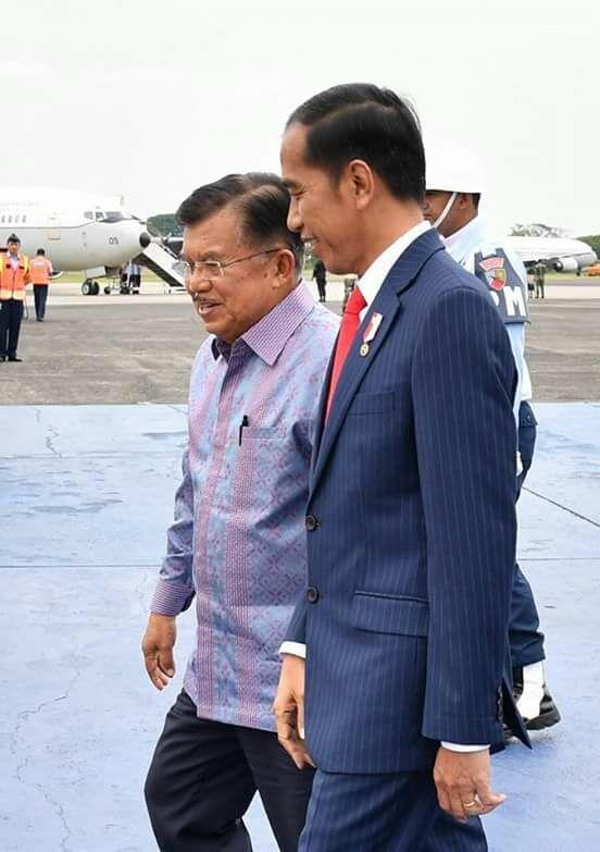 Tiba Di Jakarta, Presiden Sampaikan Hasil KTT LB OKI