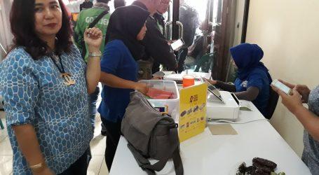 Dame Duma Hutagalung Makan Siang Bersama Penarik Gojek Online