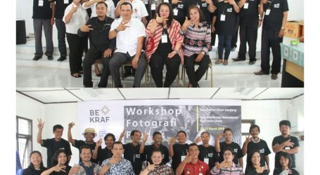 Praktisi Fotografi Dewi Sartika Bukit M.Sn Gandeng BEKRAF Angkat Kerajinan Humbang Hasundutan