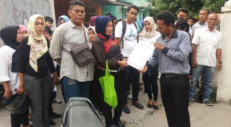 Karyawan Cleaning Service DPRD Medan datangi Kantor PT. PCM