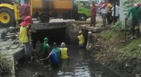 Warga Kelurahan Tanjung Mulia & Pulo Brayan Bengkel Langganan Banjir