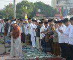 Ribuan Masyarakat Tumpah Ruah Mengikuti Pawai Takbir Idul Fitri