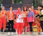 Fashion Show Batik Medan Meriahkan Inbox Carnaval Medan 2018