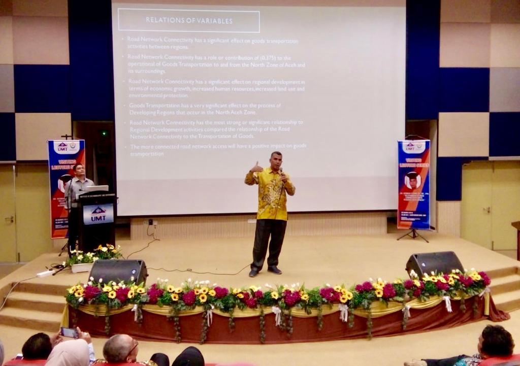 Rektor Unimal Beri Ceramah di UMT Malaysia