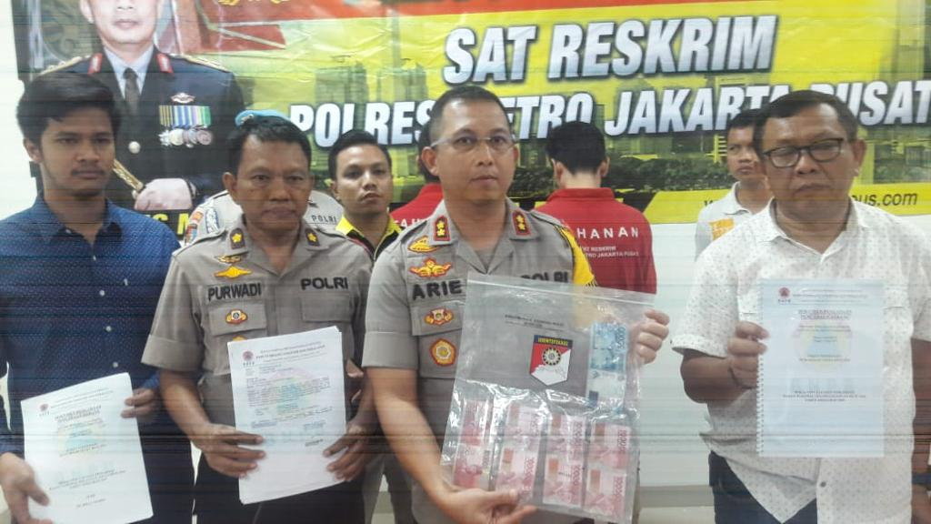 Polres Metro Jakarta Pusat Menangkap Pelaku Penipuan dan Penggelapan Seribu Tenda