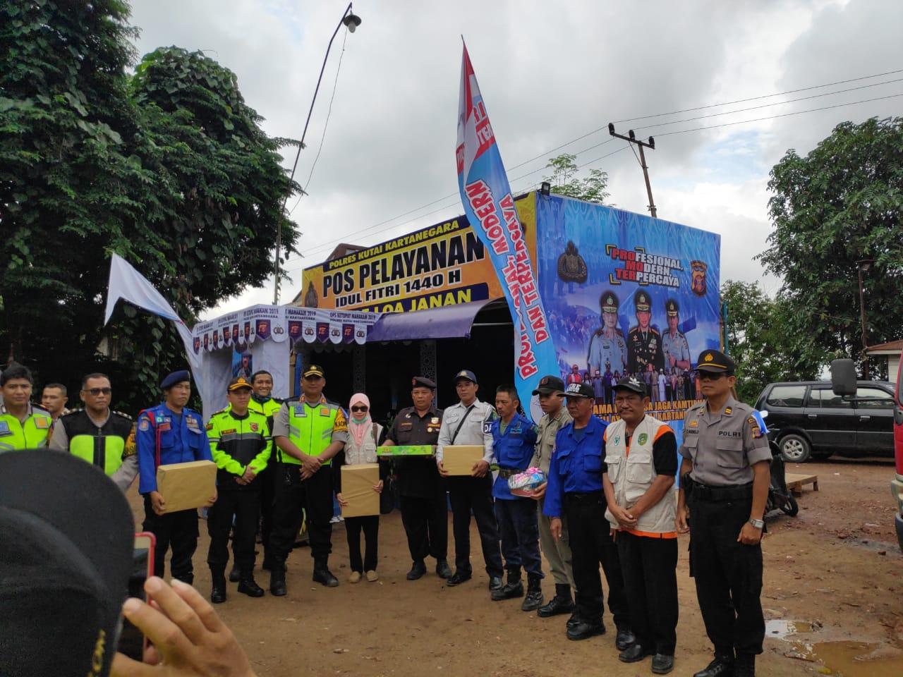 Kapolres Kukar Kunjungan ke Pos PAM Ops Ketupat KM 85