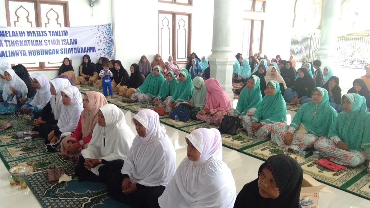 Camat Woyla Barat Buka Wisata Taklim TP PKK  kabupaten Aceh Barat