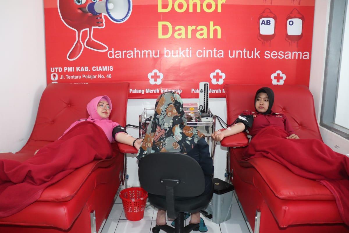 Polres Ciamis dan Bhayangkari Cabang Ciamis Menggelar Bhakti Sosial (Baksos) Donor Darah