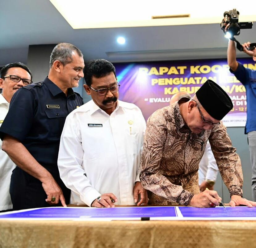 Para Sekda se-kota Aceh Buat Komitmen Terkait Implementasi Butir- Butir UU Nomor 14 Tahun 2008 Tentang KIP