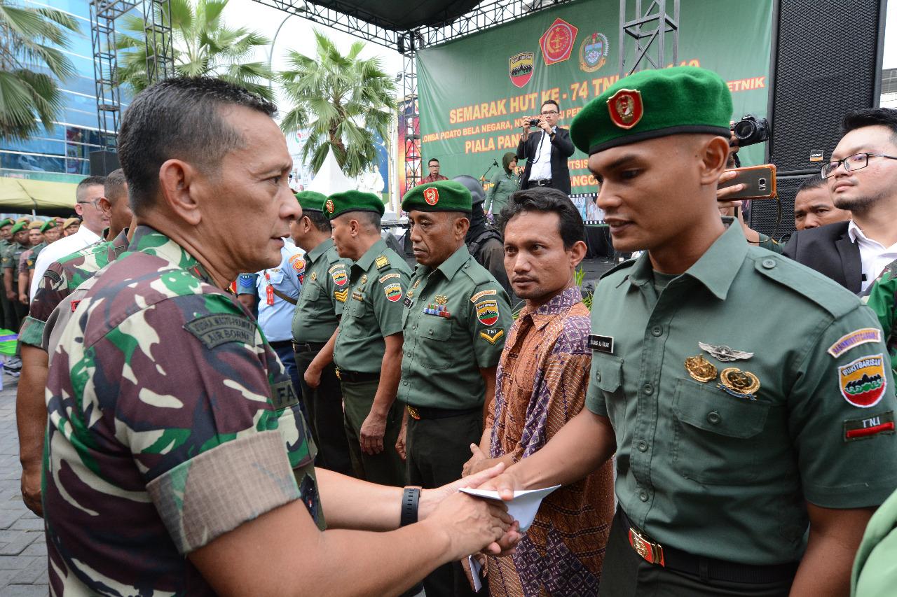 Tutup Semarak HUT ke-74 TNI Pangdam I/BB: Kemanunggalan TNI-Rakyat Jadi Sejarah Kekuatan Bangsa Indonesia