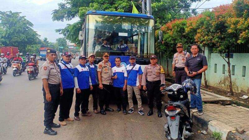 Tolak RUU OMNIBUS LAW, Massa Buruh Yang Tergabung Dalam FSP RTMM SPSI Provinsi Banten dan FSP LEM SPSI Kota Tangerang Menuju Istana Negara RI