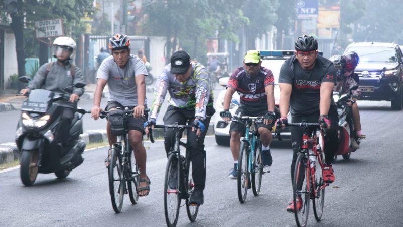 Kapolres, Wakapolres dan Pejabat Utama  Bandung Bersama Jajaran Olahraga Gowes Bersama