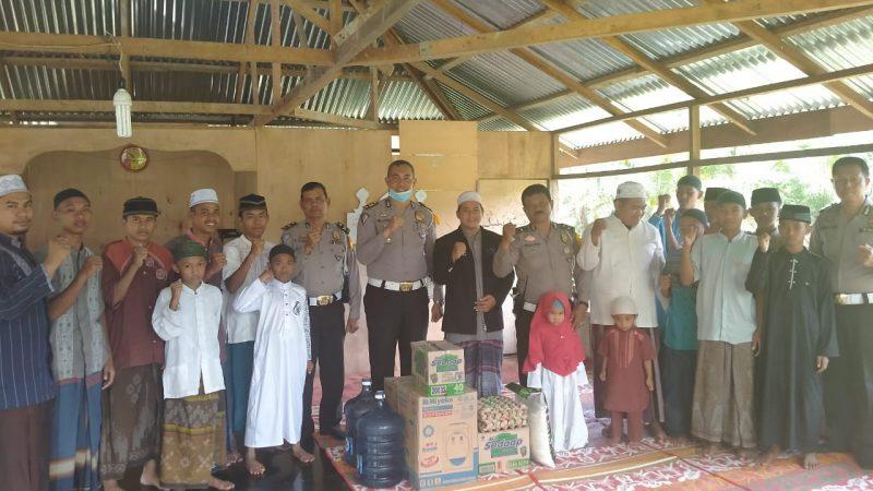Jum'at Barokah Santuni Anak Yatim – Piatu Akp Herliandri, S.H Mohon Doa Dan Pamitan Untuk Bertugas Di Tempat Yang Baru
