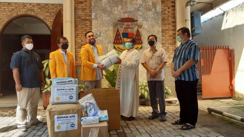 DPD ISKA SUMUT BANTU APD ke 18 Poliklinik Keuskupan Agung Medan