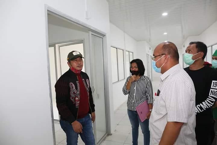 Bupati Taput Tinjau Kesiapan Pembangunan Ruang Isolasi Covid-19 RSUD Tarutung
