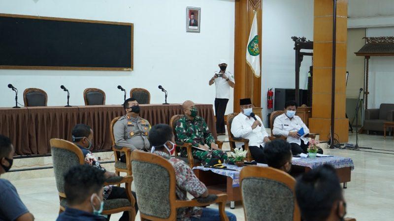 Kapolres Kukar Menghadiri Rapat Koordinasi Terkait COVID-19