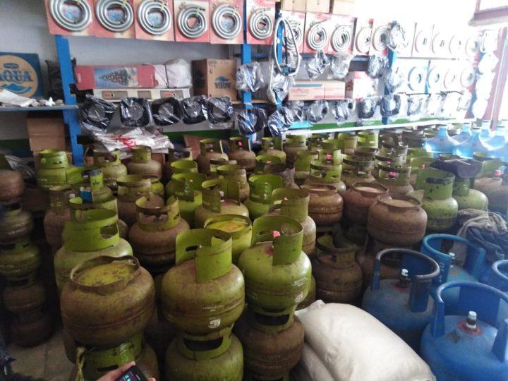 Disinyalir Ingin Raup Keuntungan Lebih, SPPBE Nusa Indah Jaya Alam Lestari Diduga Kuat Sengaja Kurangi Isi Tabung LPG Subsidi 3 KG 2-4 Ons Per Tabung