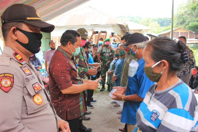 Bupati Samosir Rapidin Simbolon: Penyaluran Bansos Sesuai SOP