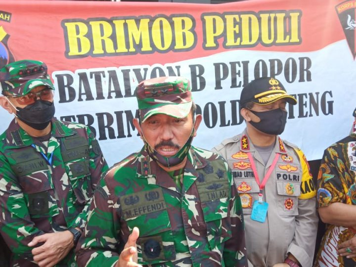 Pengungsi Banjir Rob Pekalongan, disambangi Pangdam IV/Diponegoro dan Kapolda Jateng