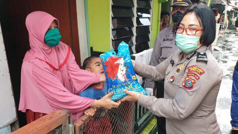 Peduli Pada Wanita dan Anak-anak, Polsek Medan Timur Salurkan Bantuan Ketua Bhayangkari Cabang Polrestabes Medan