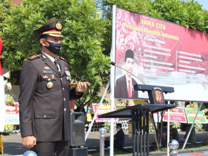 Kapolres Majalengka Pimpin Upacara Korps Raport Bagi Perwira dan Bintara
