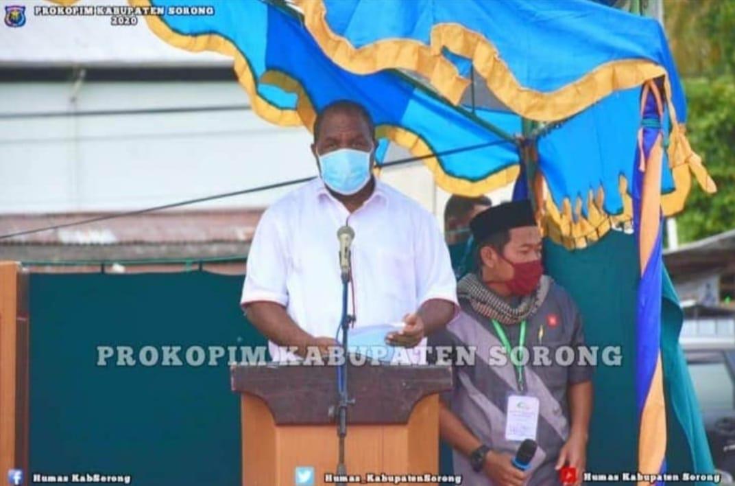 Pemerintah Kabupaten Sorong Berikan 20 Ekor Sapi Pada Perayaan IDUL ADHA 1441H