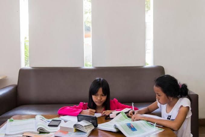 Dana BOS 100% Bisa Dipakai Beli Kuota Internet untuk Belajar Daring