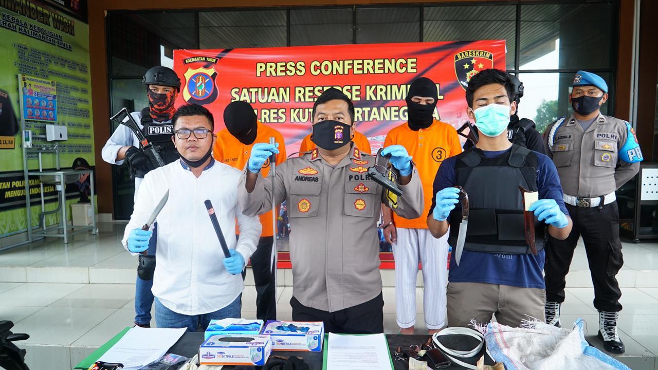 Satreskrim Polres Kukar Press Release Percobaan Pencurian Dengan Sajam dan Air Softgun