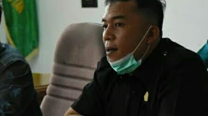 Ketua DPRD Samosir, Minta Pemerintah Prioritaskan Perbaikan Jalan Rusak