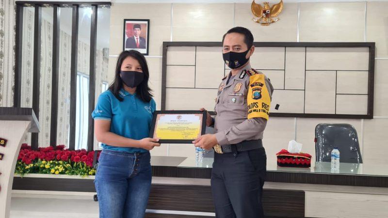 AKBP Deni Kurniawan, S.IK, MH Terima Apresiasi Dari Gerakan Kebaikan Nias