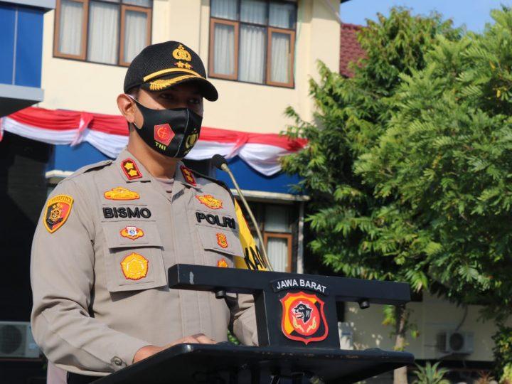Kapolres Majalengka Pimpin  Upacara Korps Raport Kenaikan Pangkat