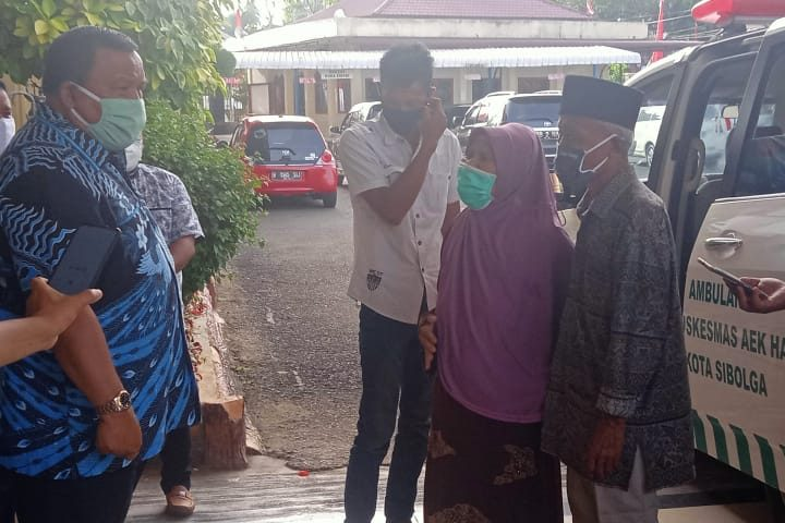 Walikota Sibolga Sambut Warganya Sembauh Dari Penyakit COVID-19, Kota Sibolga Berstatus Zero