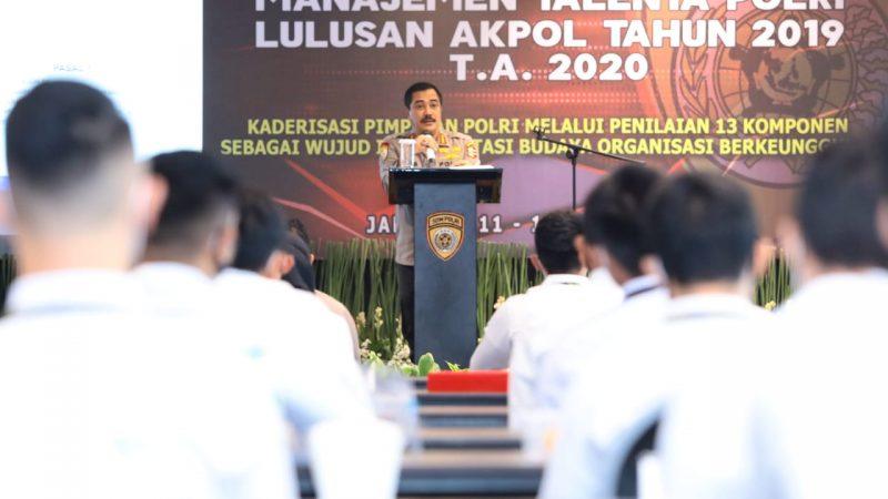Kabaharkam Polri Jadi Narasumber Manajemen Talenta Polri yang Diikuti Lulusan Akpol 2019