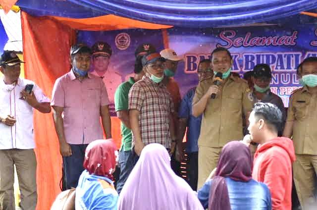 Bupati Tapteng Resmi Tutup Turnamen Bola Voli di Kecamatan Sukabangun