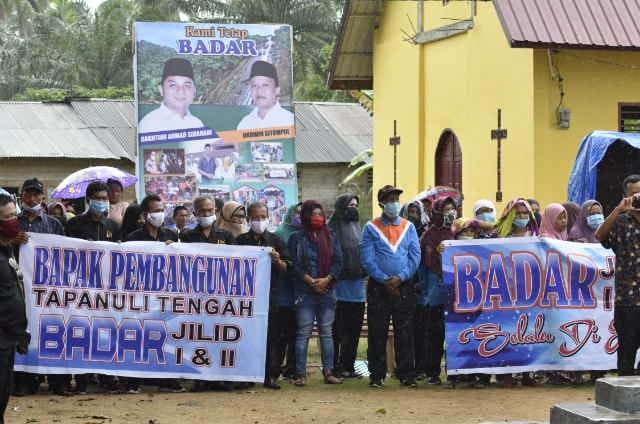 Ada Keunikan Penutupan Turnamen Bola Voli di Kecamatan Sukabangun