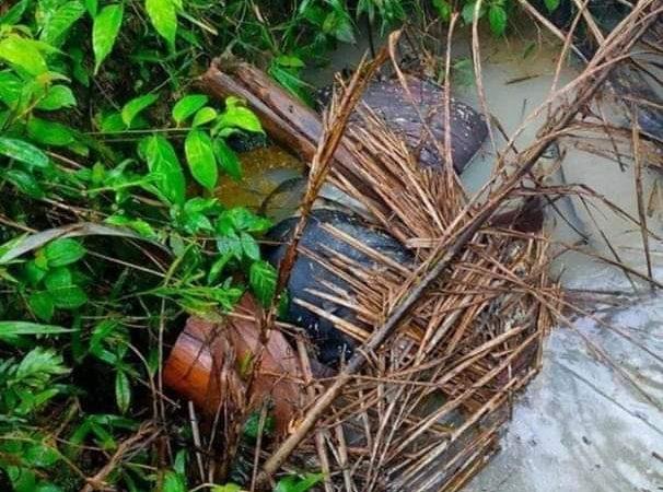 Polsek Tualang Dan Polres Siak, Evakuasi Penemuan Mayat Pria