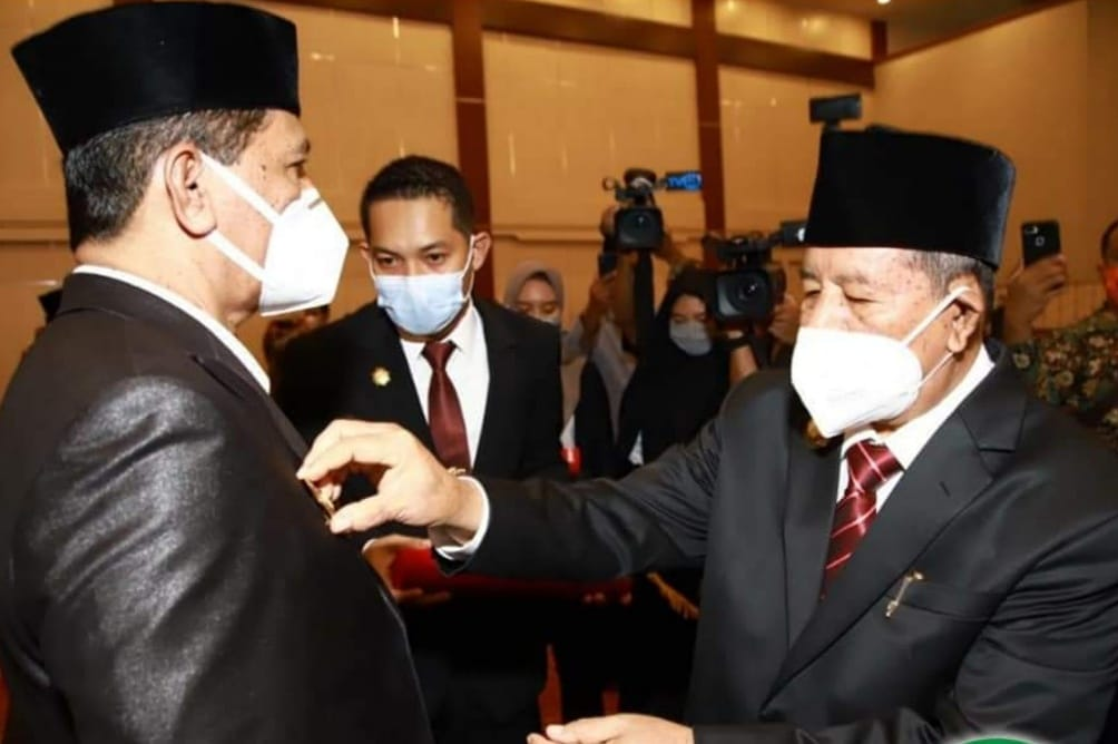 Gubernur Maluku Utara Lantik Lima Kepala Daerah Yang Cuti Kampanye Pilkada