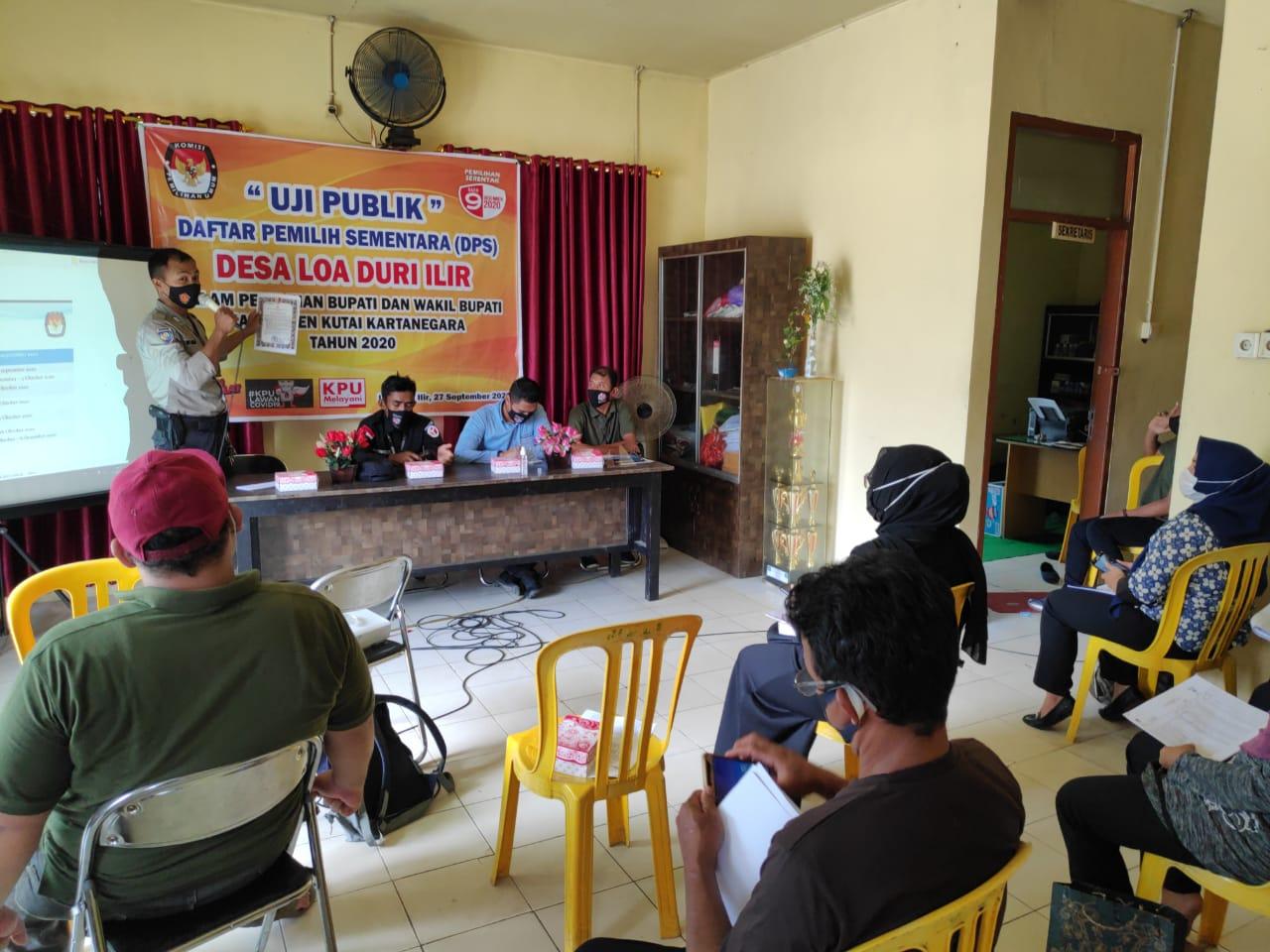 Bhabinkamtibmas Polsek Loa Janan Menghadiri Kegiatan Uji Publik DPS Desa Loa duri Ilir Dalam Pilbup dan Wabup Kukar Tahun 2020