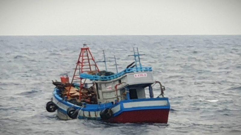TNI-AL Kembali Tangkap Dua Kapal Ikan Berbendera Vietnam di Laut Natuna Utara