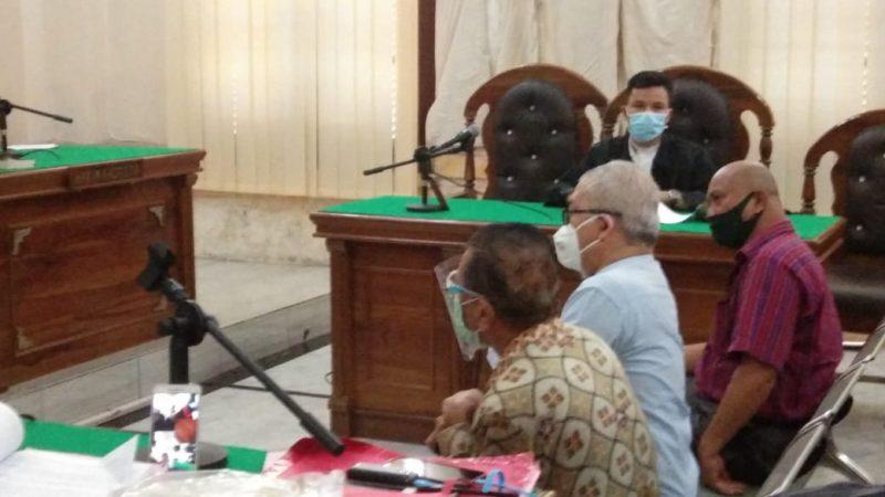 Perkara Kelalaian Beri Obat, Hakim Cecar Pemilik Apotek Istana 1