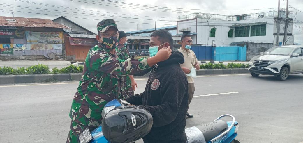 Kanminvetcad 1/18 Tanah Karo telah melaksanakan Operasi Pendisplinan Prokes & Sosialisasi Masker